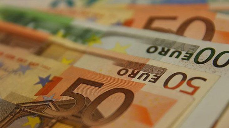 Euro Bölgesi`nin banka kurtarma fonu 33 milyar euroya ulaştı